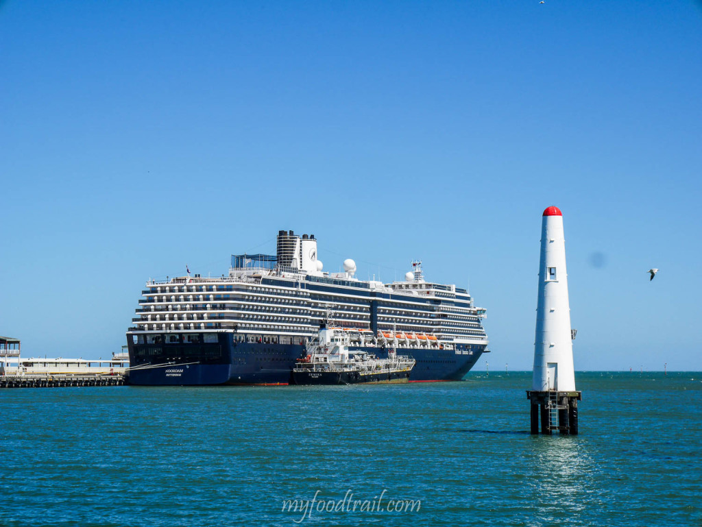Ms Noordam docked at Port Melbourne