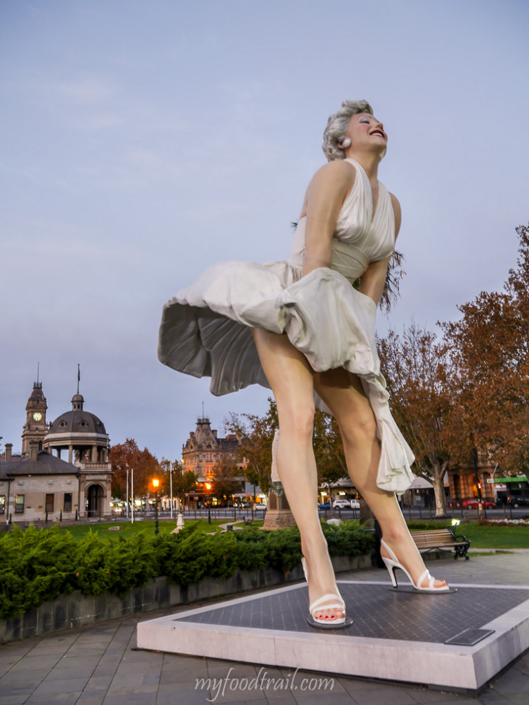 Giant Marilyn Monroe in Bendigo